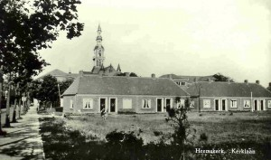 Agnesplantsoen, hoek Kerklaan; woningen gebouwd 1952